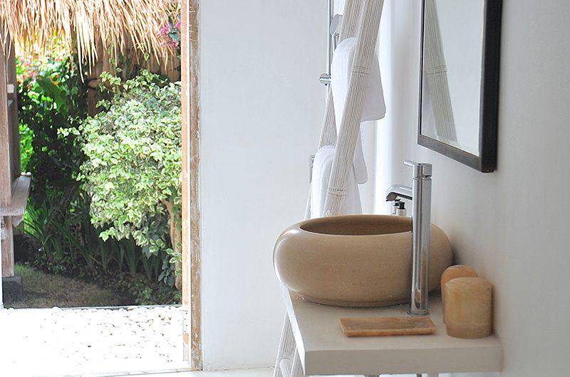 Santai Beach House Bathroom Area | Canggu, Bali