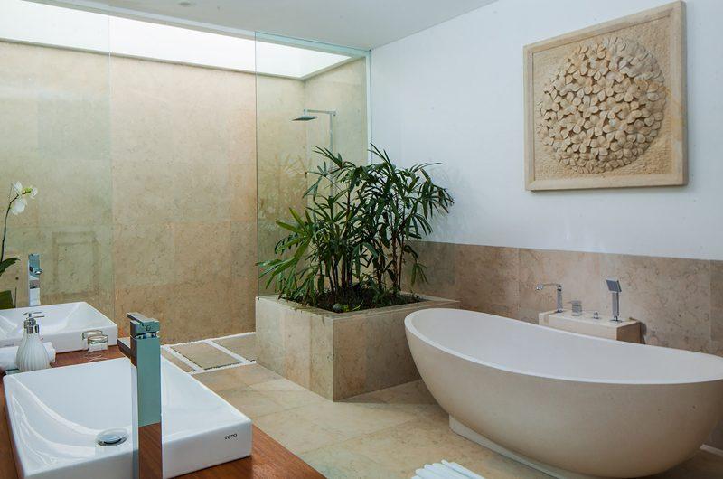 The Palm House En-suite Bathroom | Canggu, Bali