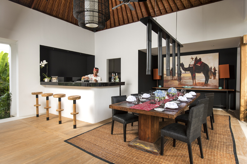 Villa Anam Dining And Bar Area