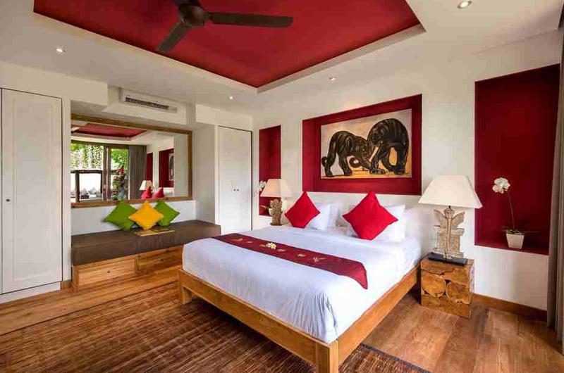 Villa Anam Bedroom with Sofa | Seminyak, Bali