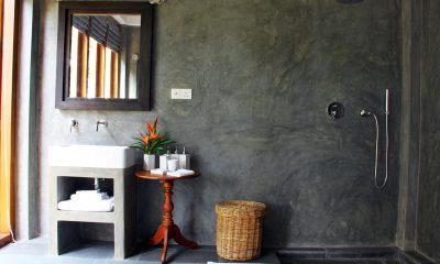 Lassana Kanda Bathroom with Shower   Galle, Sri Lanka