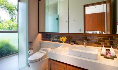 The Aquila Bathroom One | Phuket, Thailand