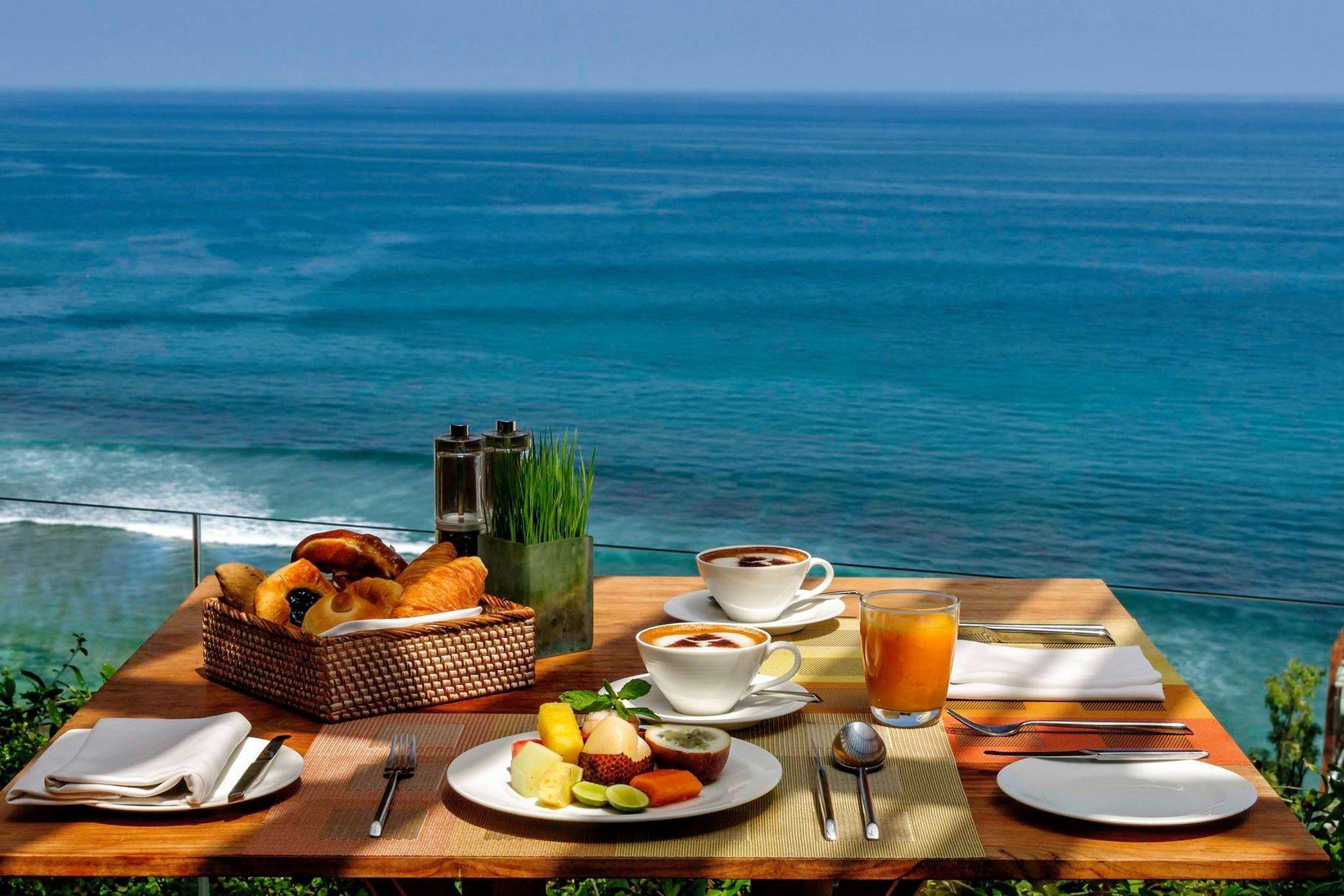 10 Best Restaurants in Uluwatu