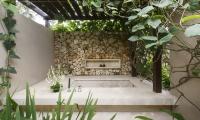 Villa Ambar Bathtub | Ungasan, Bali