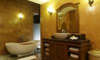 Villa Delmara Bathroom One | Tabanan, Bali