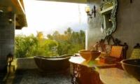 Villa Delmara En-suite Bathroom | Tabanan, Bali
