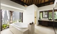 Villa Pawana Bathtub | Ungasan, Bali