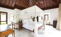 Villa Santai Sorga Spacious Bedroom | Ungasan, Bali