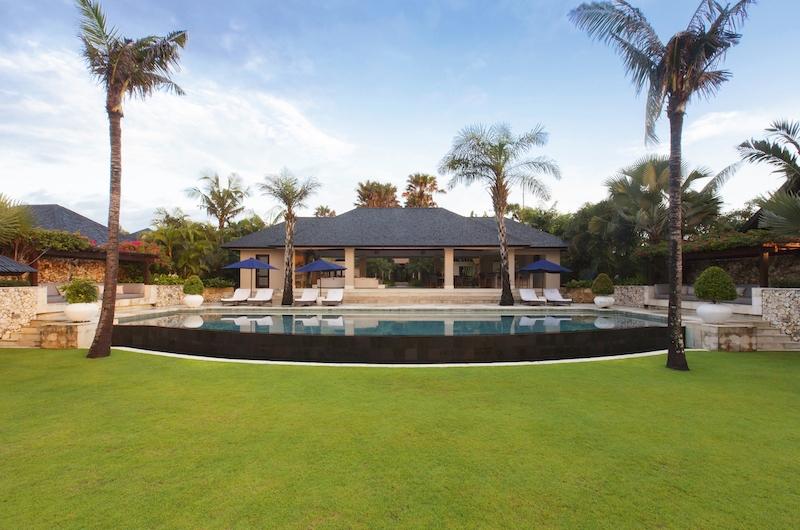 Villa Santai Sorga Pool Area | Ungasan, Bali