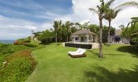 Villa Tamarama Garden   Ungasan, Bali