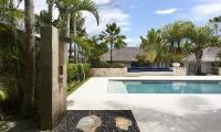 Villa Tamarama Pool Shower   Ungasan, Bali