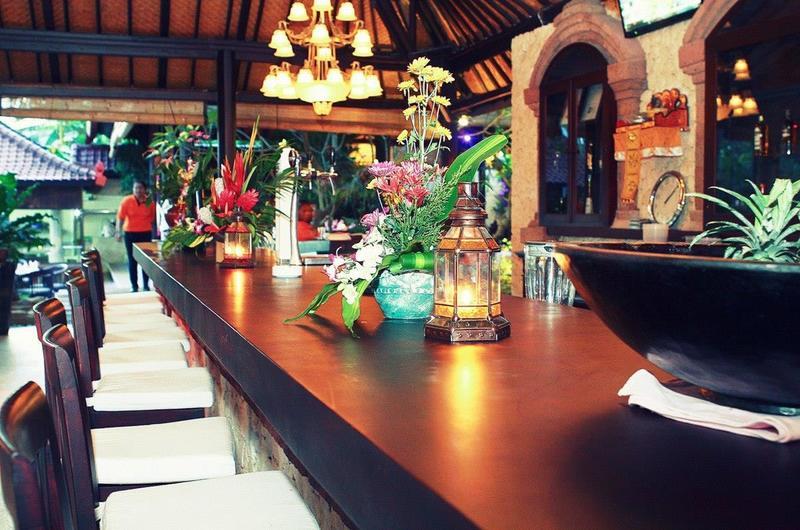 Crazy Kangaroo Restaurant Candidasa Bali