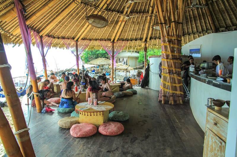 Di Mare at Karma Kandara - bars in Ungasan, Bali