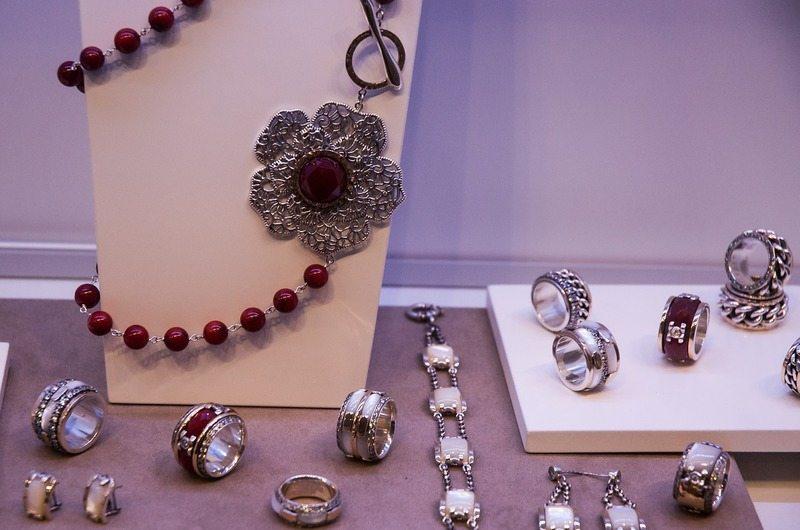 Togo's Silver Store Candidasa Bali