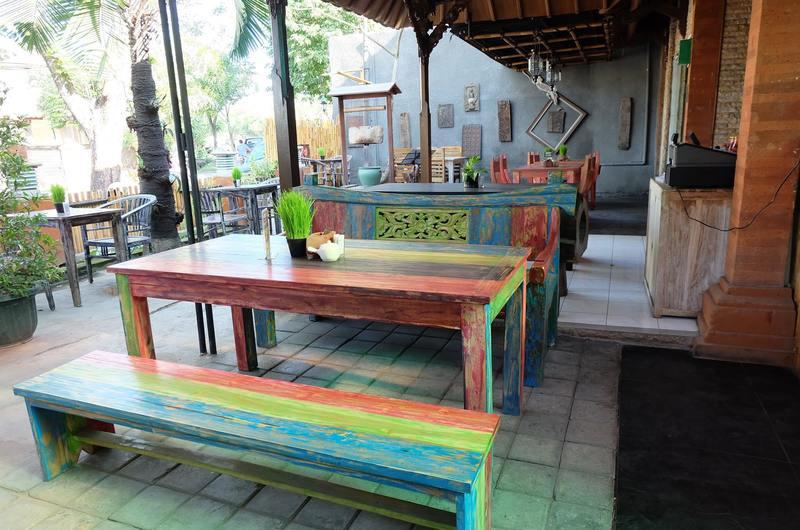 Happy Cow - Restaurants in Jimbaran, Bali