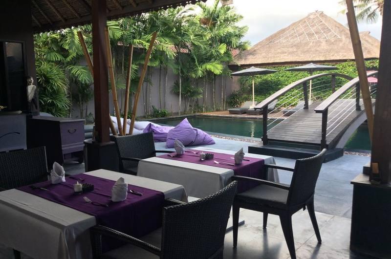 Buntings Bar and Restaurant - restaurants in Nusa Lembongan, Bali