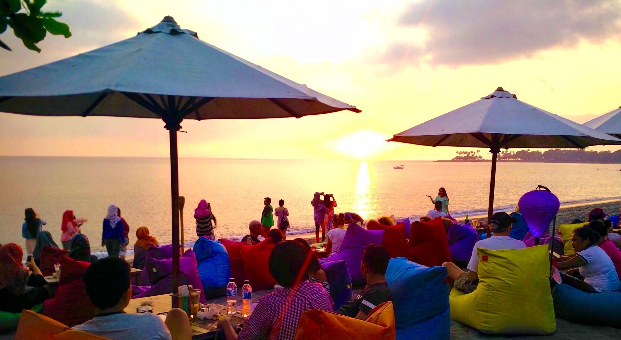Our 10 Picks of Nightlife in Senggigi