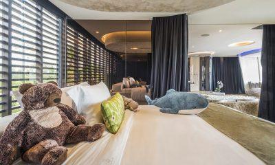 Iniala Beach House Iniala Penthouse King Size Bed with View | Natai, Phang Nga