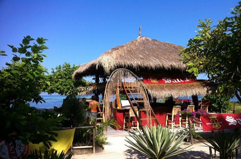 Safari Beach Bar Gili Air Lombok
