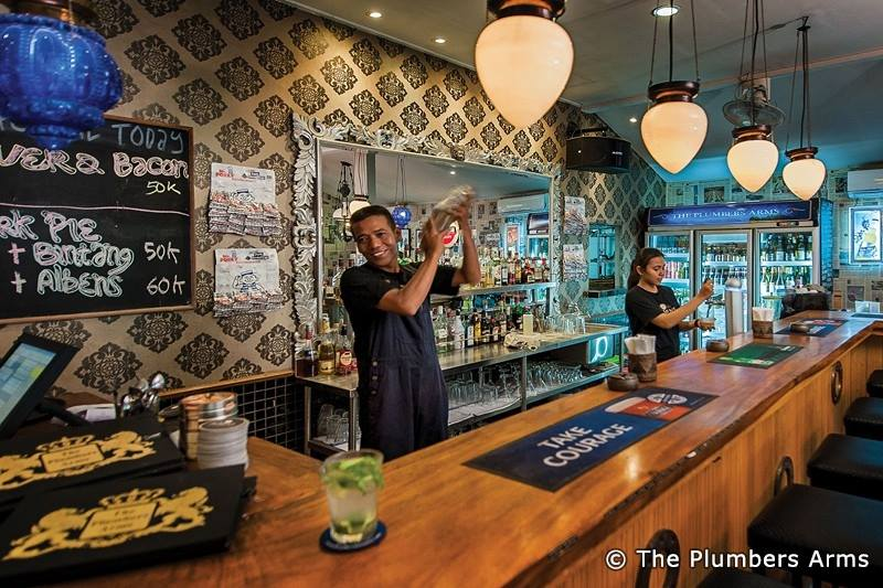 The Plumbers Arms - bars in Kerobokan, Bali