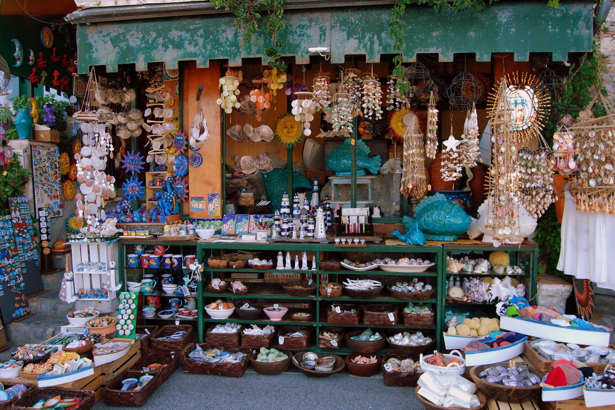 Top 9 Shopping in Candidasa