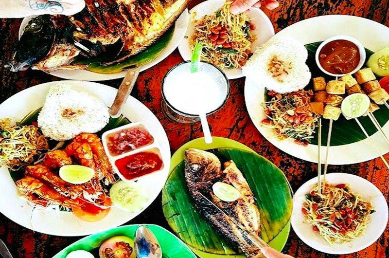 Warung Bambu - restaurants in Nusa Lembongan, Bali