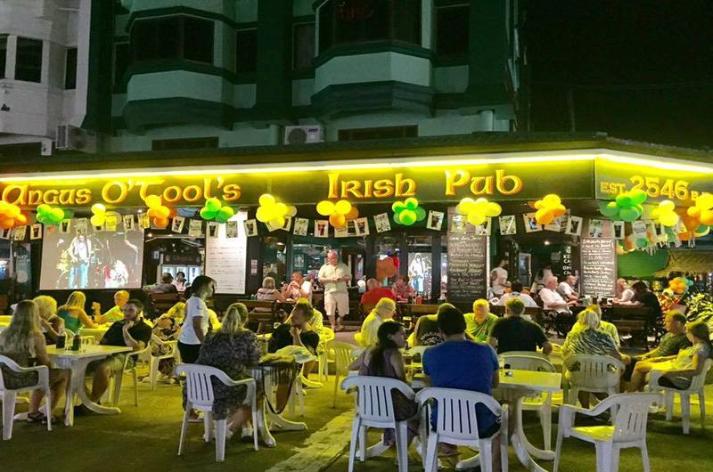 Angus O'tools Pub - bars in Karon, Phuket, Thailand