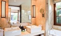 Akara Villas 1 Bathroom One | Seminyak, Bali