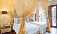 Akara Villas 1 Twin Bedroom with Balcony | Seminyak, Bali