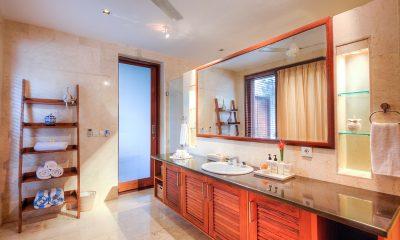 The Malabar House Bathroom | Ubud, Bali