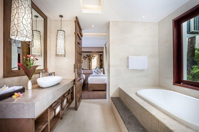 Villa Kajou Twin Bathroom   Seminyak, Bali