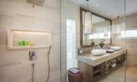 Villa Kajou En-suite Bathroom   Seminyak, Bali