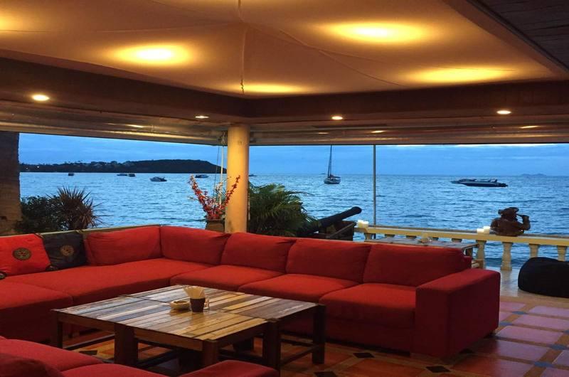 Beach Asian Fusion Tapas Bar Bang Rak Koh Samui Thailand