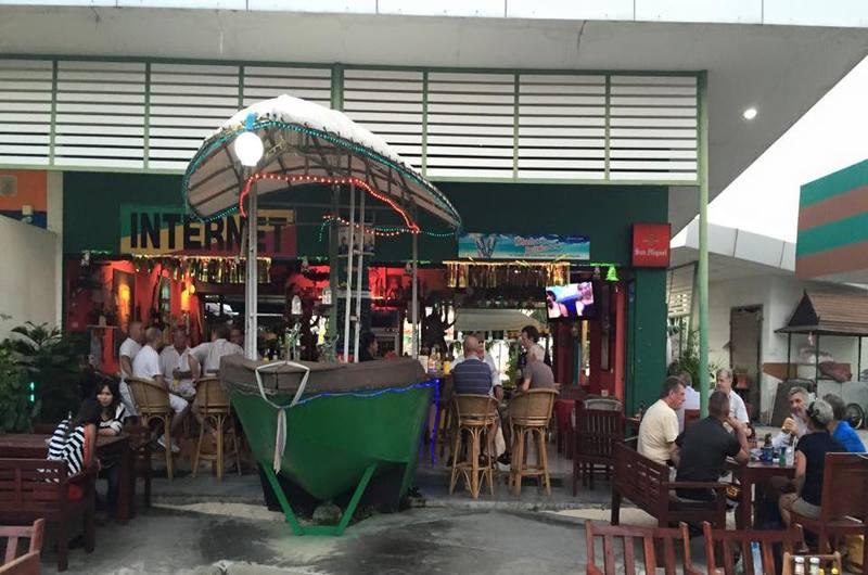 Boat Bar Bang Rak Koh Samui Thailand