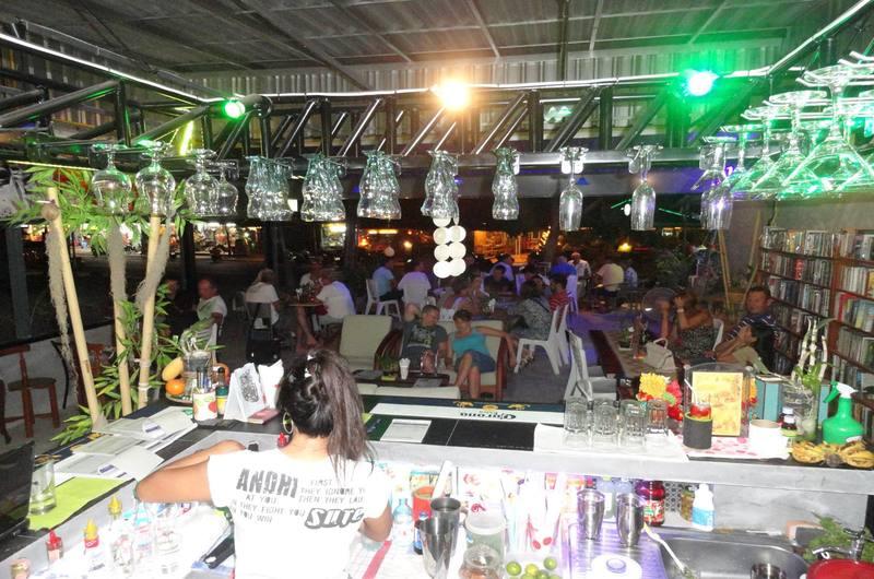 Cocktail King Bar Choeng Mon Koh Samui Thailand
