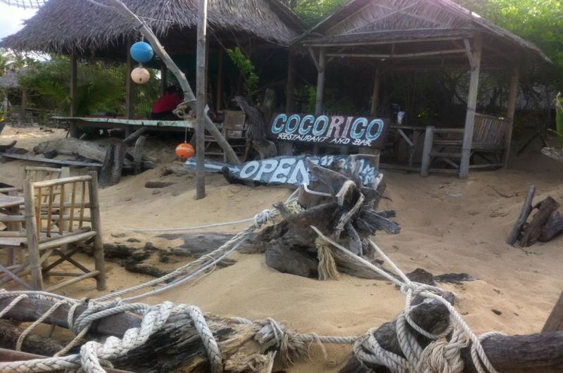 Cocorico Bar Maenam Koh Samui Thailand