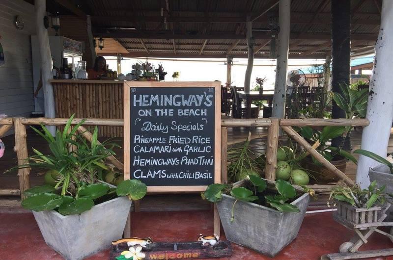 Hemingway's on the Beach Restaurant Laem Sor Koh Samui Thailand