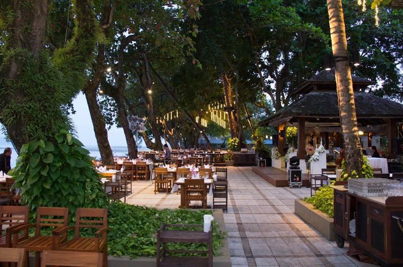 Kan Eang at Pier Restaurant Chalong Phuket Thailand