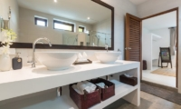 Secret Beach Villa Bedroom and En-suite Bathroom | Koh Pha Ngan, Koh Samui