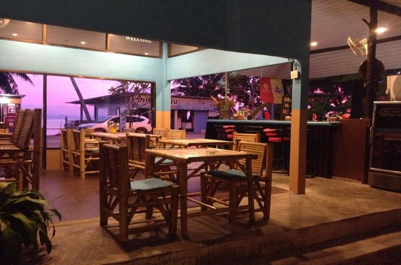Melting Pot Restaurant Taling Ngam Koh Samui Thailand