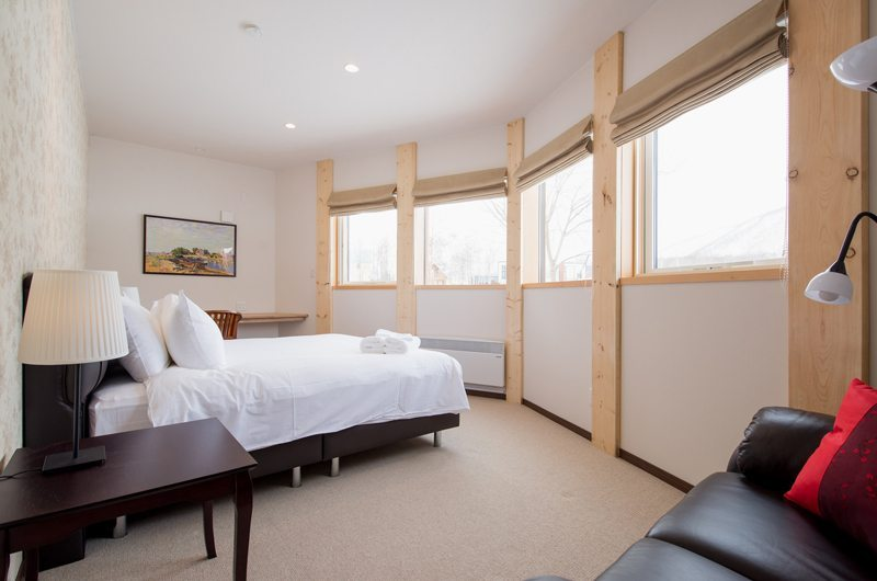 The Orchards Niseko Akagashi Master Bedroom | St Moritz, Niseko