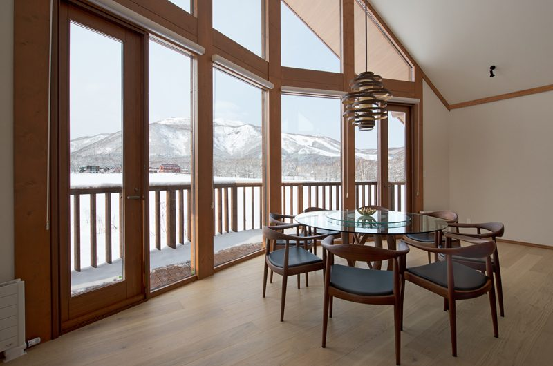The Orchards Niseko Eagle's Nest Dining Area | St Moritz, Niseko