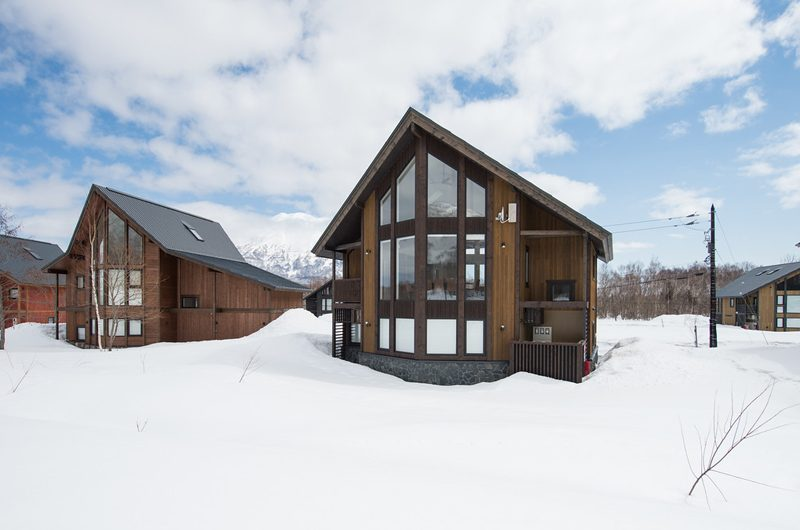 The Orchards Niseko Hinoki Outdoor View | St Moritz, Niseko