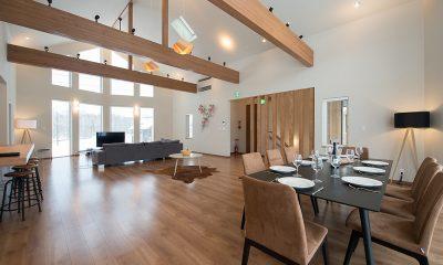 The Orchards Niseko Hinoki Indoor Dining Area | St Moritz, Niseko