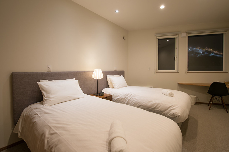 The Orchards Niseko Hinoki Twin Bedroom | St Moritz, Niseko