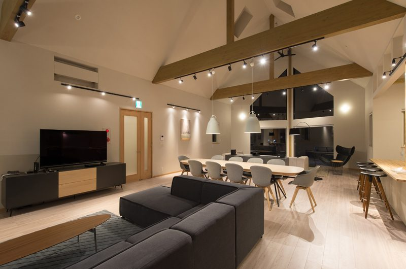 The Orchards Niseko Kitsune Entertainment Room | St Moritz, Niseko