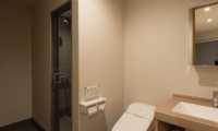 The Orchards Niseko Kitsune Bathroom | St Moritz, Niseko