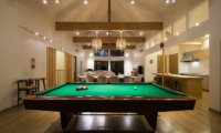 The Orchards Niseko Sawara Billiard Table Night View | St Moritz, Niseko