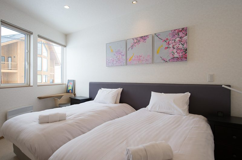 The Orchards Niseko Sawara Twin Bedroom View | St Moritz, Niseko