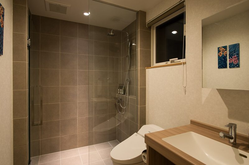 The Orchards Niseko Sawara Bathroom | St Moritz, Niseko